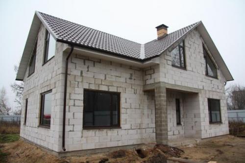Из чего выгоднее строить дом для постоянного проживания. Бетонные блоки