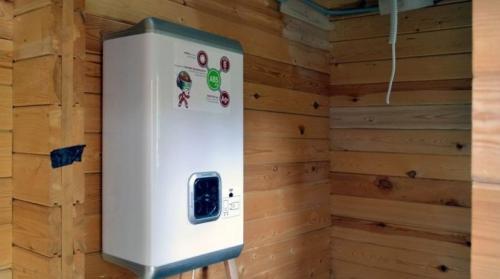 Как выбрать водонагреватель электрический накопительный для дачи. Выбираем электрический водонагреватель для дачи