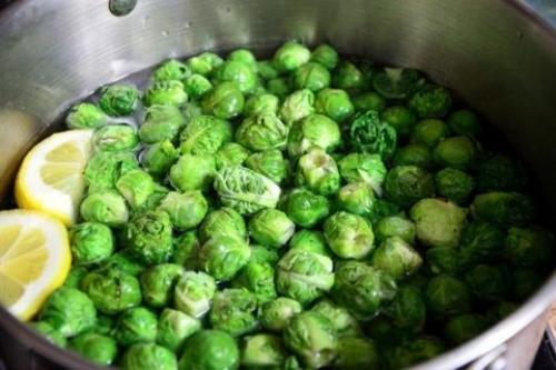 Можно ли заморозить нашинкованную белокочанную капусту? Как заморозить белокочанную капусту