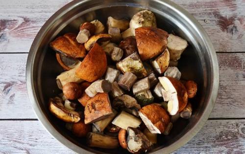Как варить подберезовики и белые грибы. Обработка грибов
