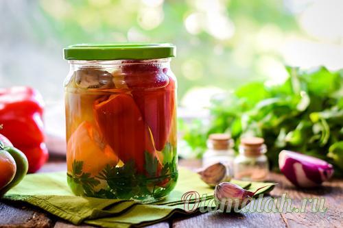 Перец маринованный на зиму с чесноком и зеленью. Болгарский перец целиком на зиму с чесноком — рецепт бесподобный