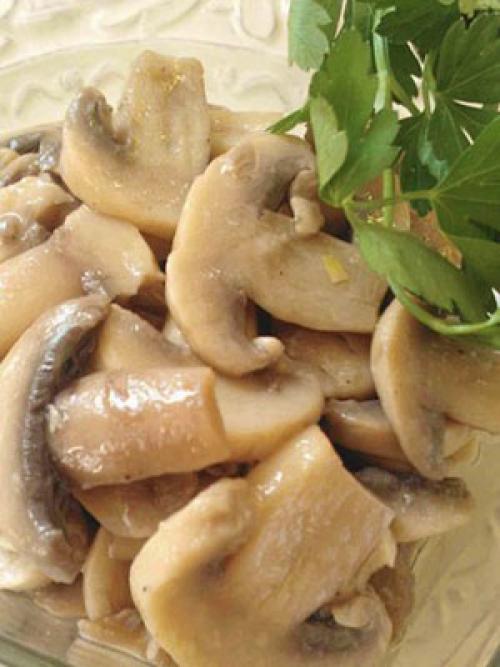 Консервы из грибов на зиму. Консервирование грибов шампиньонов на зиму в банках с овощами