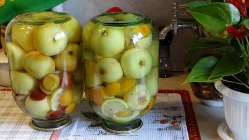 Яблоки консервированные целиком на зиму. Маринованные яблоки в банках на зиму: рецепты приготовления домашнего маринования вкусных яблочек