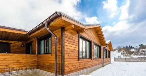 Какой краской красить дом. Основные функции лакокрасочного покрытия